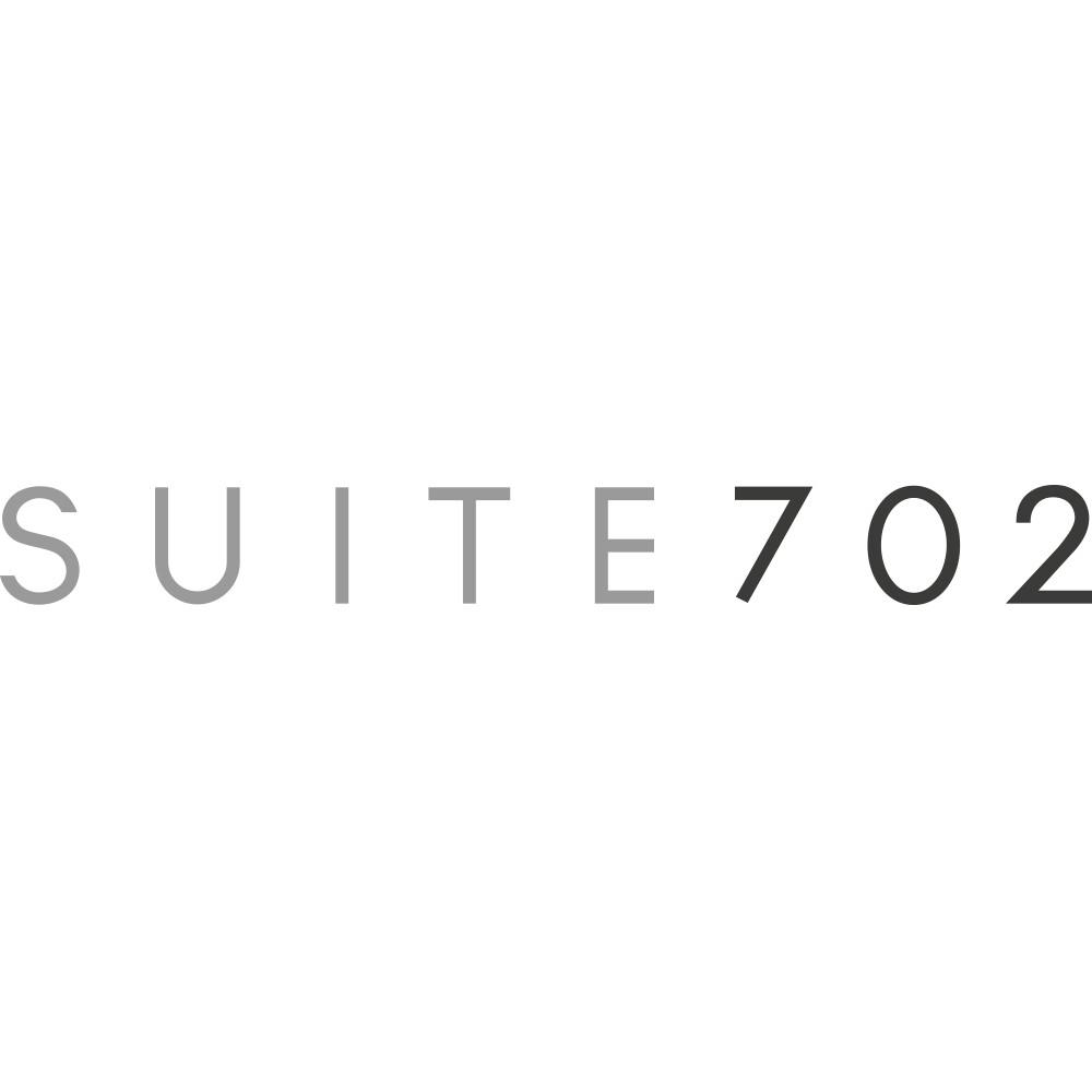 Suite702